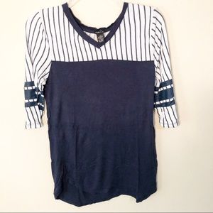 🌿3/$18 Rue21 | Soft comfy baseball stripe tee
